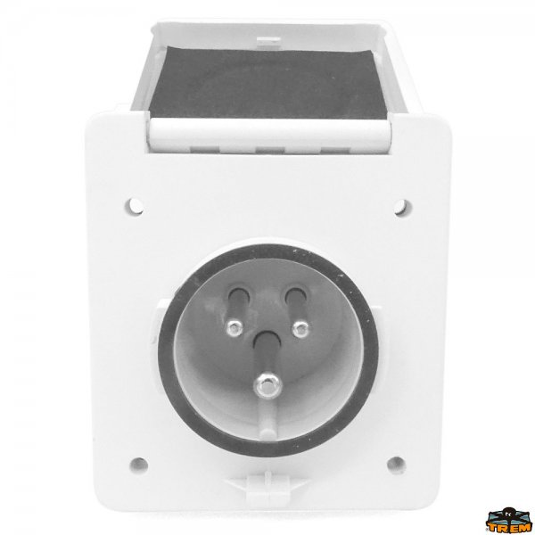 Built-in socket 16A 250V