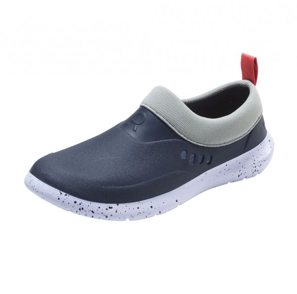 Sea water shoes