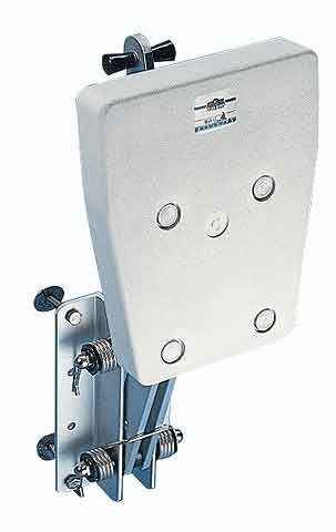 Folding Outboard Bracket, 20hp